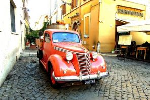hire a car in italy